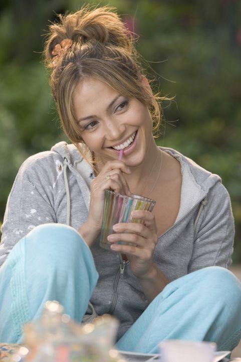 Die sympathische Charlie (Jennifer Lopez) ist überglücklich endlich den Richtigen gefunden zu haben. Doch dann lernt sie seine Mutter kennen. - Bildquelle: Warner Bros. Pictures
