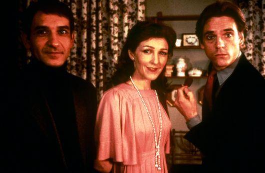 Betrug - Als die Verlegergattin Emma (Patricia Hodge, M.) ihrem Mann Robert (...