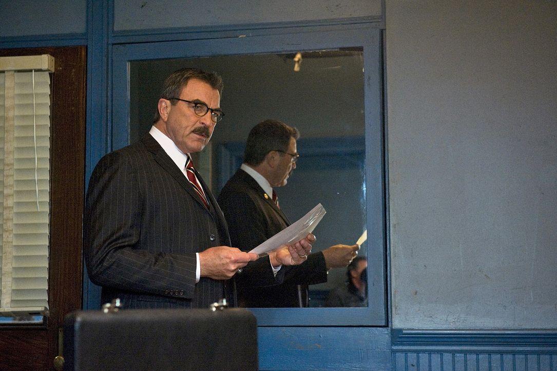 Kämpft darum, einen 25 Jahre alten Fall endlich zum Abschluss zu bringen: Frank Reagan (Tom Selleck) - Bildquelle: 2010 CBS Broadcasting Inc. All Rights Reserved