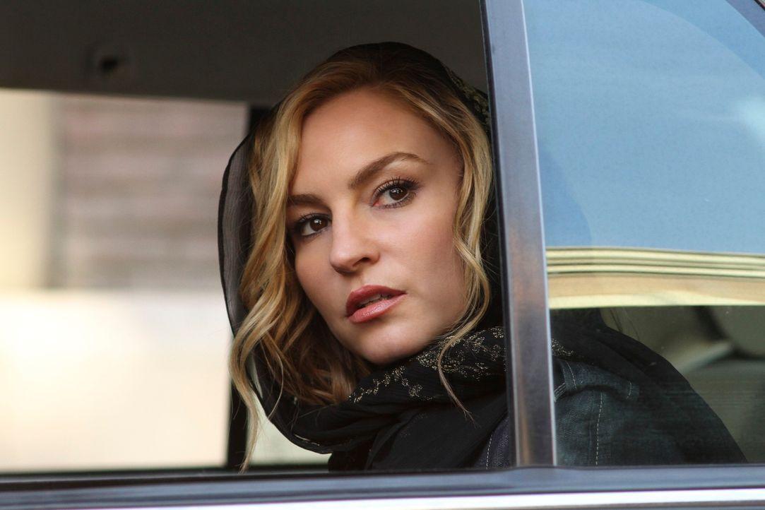 Macht sich Sorgen um ihren Sohn, der in Gefahr ist, wenn er weiter in New York bleibt: Angie (Drea de Matteo) ... - Bildquelle: ABC Studios