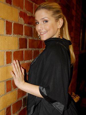 jeanette-biedermann-09-03-01-interview-WENN - Bildquelle: WENN.com