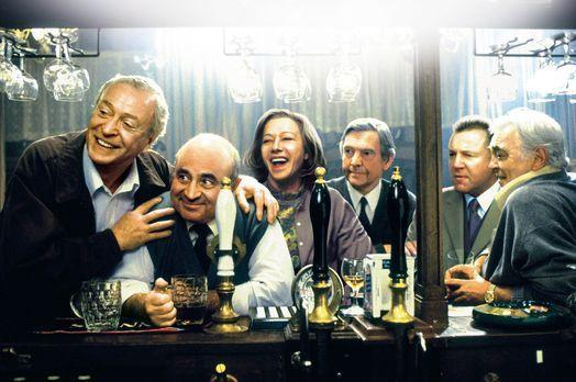 Letzte Runde - Noch haben (v.l.n.r.) Jack (Michael Caine), Ray (Bob Hoskins),...