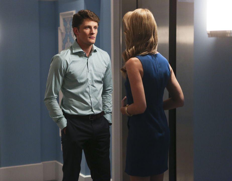 Während Jane über eine Veränderung in ihrer Beziehung zu Michael (Brett Dier, l.) nachdenkt, stellt sie Petras (Yael Grobglas, r.) elterliche Fähigk... - Bildquelle: 2014 The CW Network, LLC. All rights reserved.
