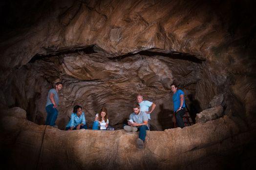 Under-The-Dome-Staffel-2-Behind-The-Scenes-Bilder-13 - Bildquelle: ©20...