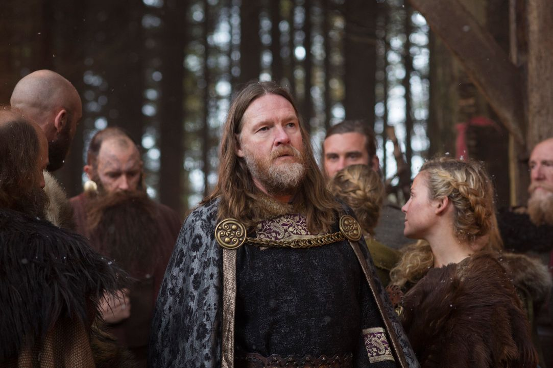 In König Horak (Donal Logue, M.) findet Ragnar einen Verbündeten im Geiste ... - Bildquelle: 2013 TM TELEVISION PRODUCTIONS LIMITED/T5 VIKINGS PRODUCTIONS INC. ALL RIGHTS RESERVED.