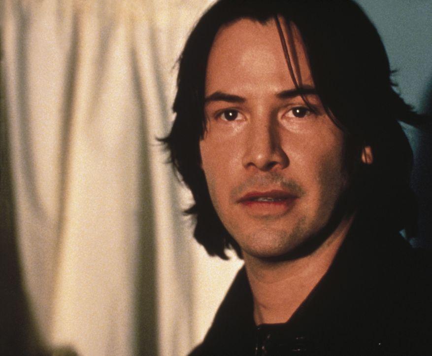 Endlich kann Serienkiller Griffin (Keanu Reeves) seine stärkste Karte ausspielen: Er lockt Campbell ans Grab seiner Geliebten ... - Bildquelle: Universal Pictures
