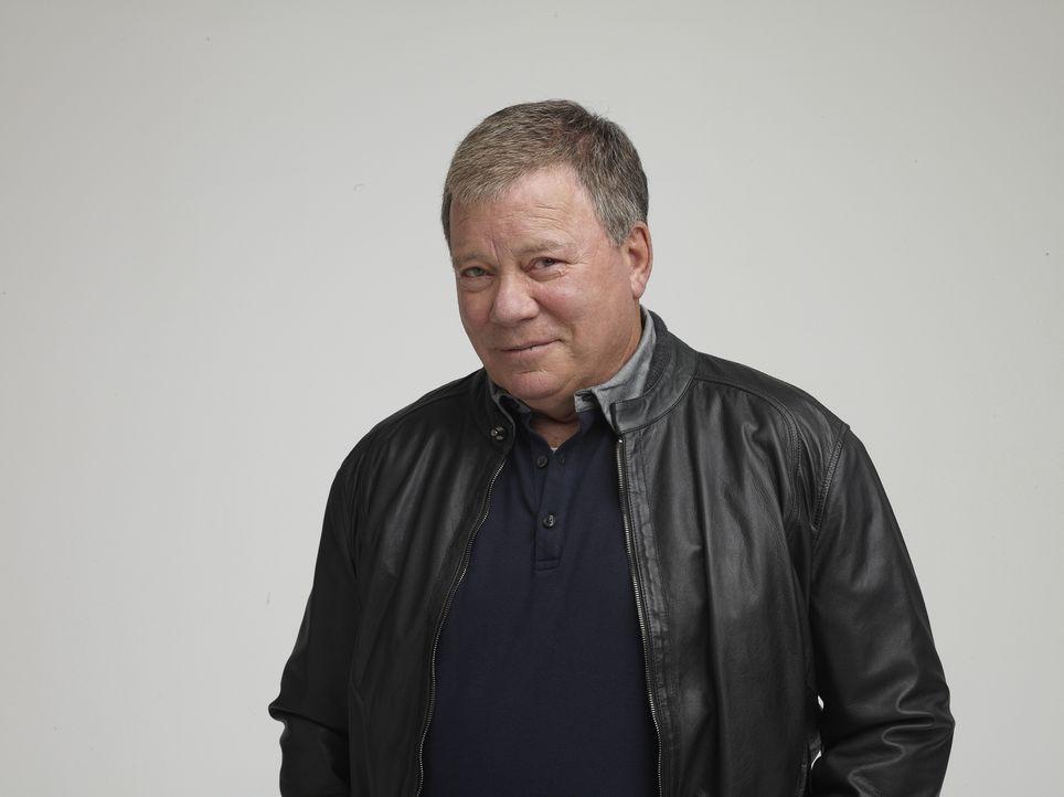 """Science-Fiction-Legende William Shatner untersucht in der neuen zehnteiligen Reihe """"Einfach überirdisch!"""" skurrile Vorgänge in aller Welt. - Bildquelle: Kelvin Jones Cineflix 2010"""