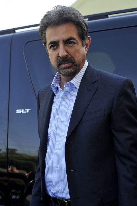 Gemeinsam mit seinem Team, muss Supervisory Special Agent David Rossi (Joe Mantegna) den Mord an einer Frau aufklären ... - Bildquelle: Touchstone Television