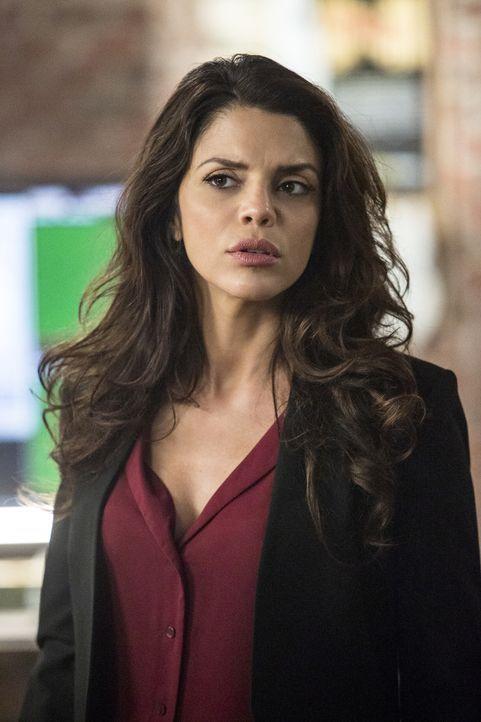 Gregorio (Vanessa Ferlito) in Panik: Schafft sie es mit ihrem Team, den entführten Sebastian zu retten und somit einen gefährlichen Gefängnis-Ausbru... - Bildquelle: Skip Bolen 2016 CBS Broadcasting, Inc. All Rights Reserved
