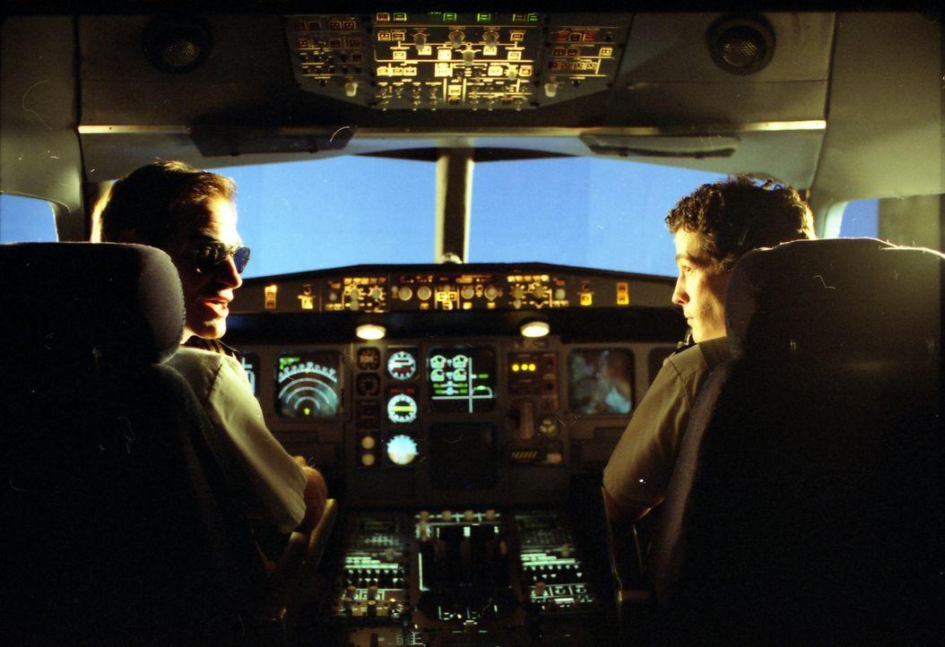 """""""Mayday - Alarm im Cockpit"""" geht Zwischenfällen in der Luftfahrt nach, die in den letzten Jahren Schlagzeilen machten ... - Bildquelle: WinStar Home Entertainment"""