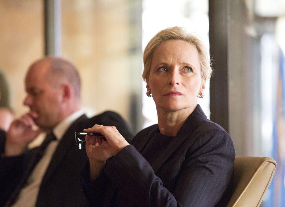 Was wird Martha Boyd (Laila Robins) dazu sagen, wenn herauskommt, dass ihr Ehemann für den pakistanischen Geheimdienst arbeitet? - Bildquelle: Homeland   2014 Twentieth Century Fox Film Corporation