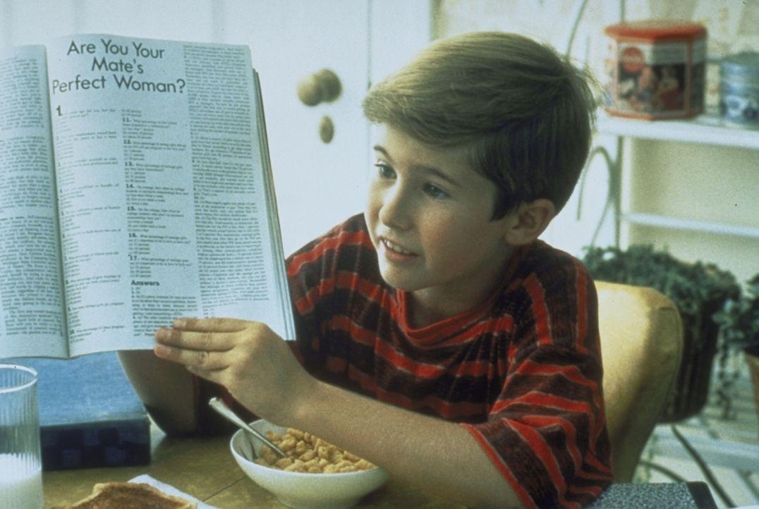Der zwölfjährige Frank (Michael Patrick Carter) beschäftigt sich damit, wie er seinen Vater verkuppeln kann. - Bildquelle: Paramount Pictures
