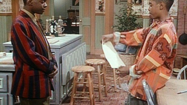 Stanley (Merlin Santana, r.) überbringt Kenny (Deon Richmond, l.) eine Nachri...