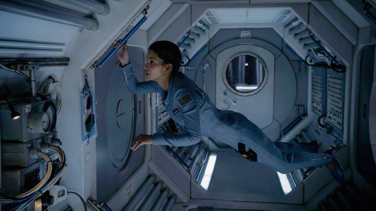 Extant: Molly Weltraum - Bildquelle: 2014 CBS Broadcasting, Inc. All Rights Reserved