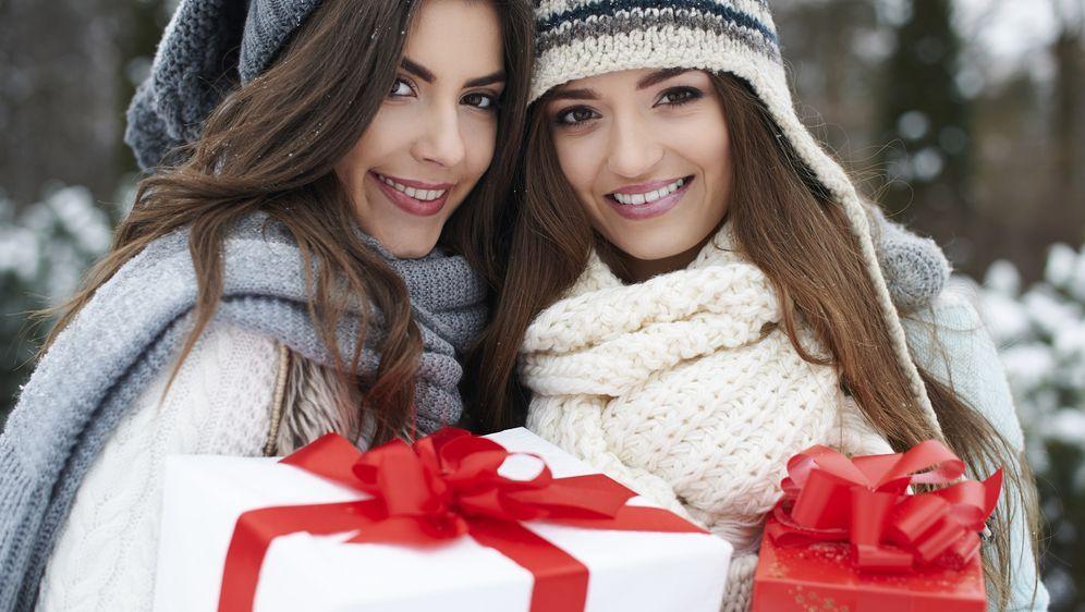 Weihnachtsgeschenk für Schwester: Tipps & Ideen - SAT.1 Ratgeber