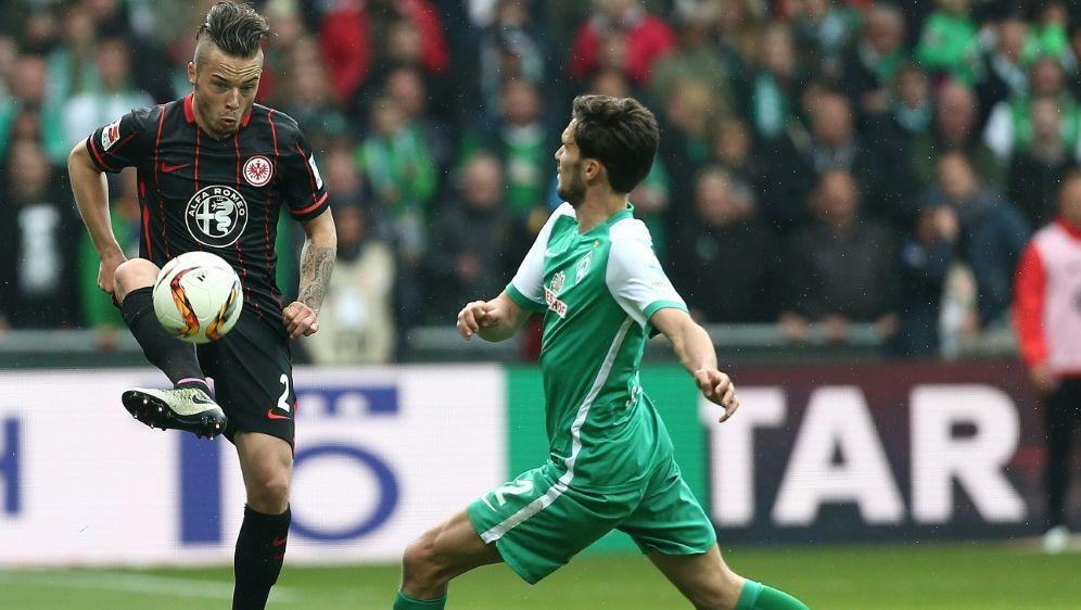 Vertrag aufgelöst: Yanni Regäsel (l.) verlässt Frankfurt - Bildquelle: FIROFIROSID