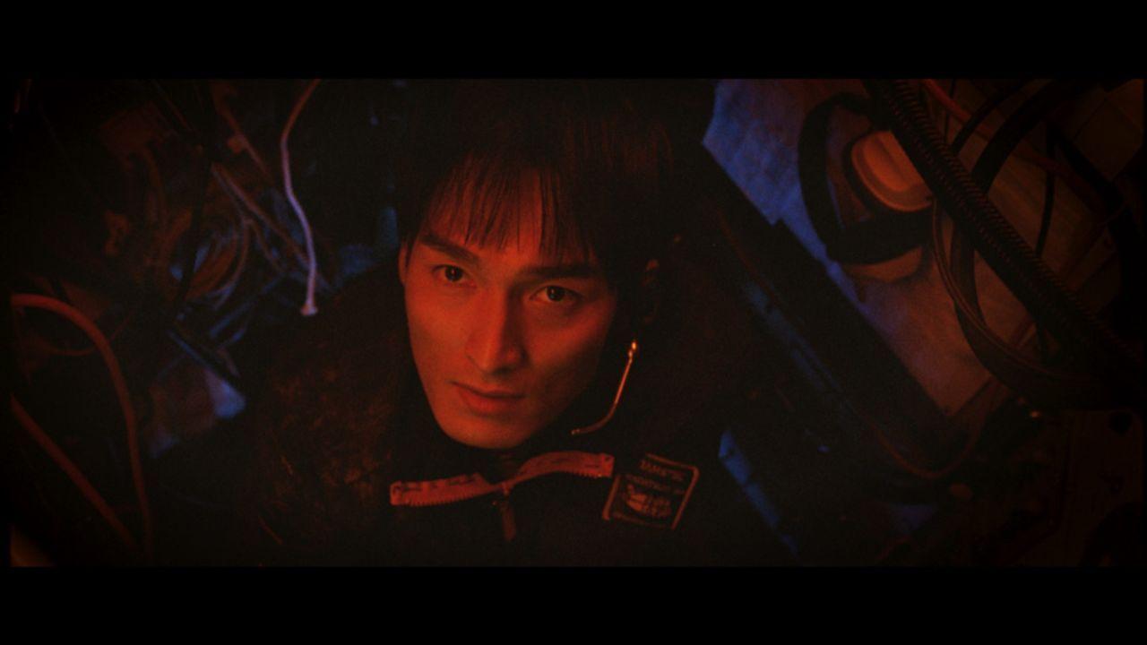 Dr. Todokoros Assistent, Toshio Onodera (Tsuyoshi Kusanagi), versucht in einem gnadenlosen Wettlauf mit der Zeit, den Kontinentalschelf anzubohren ...
