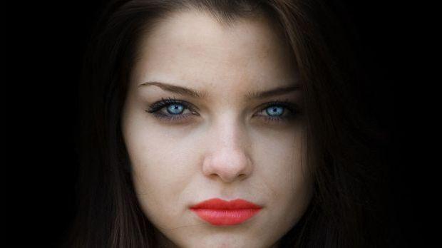 Beim Make-up dürft ihr ruhig tief in die Trickkiste greifen.