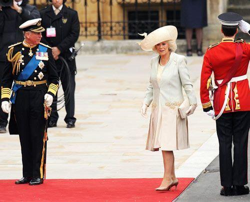 William-Kate-Einzug-Kirche-Prince-Charles-Camilla2-11-04-29-500_404_AFP - Bildquelle: AFP