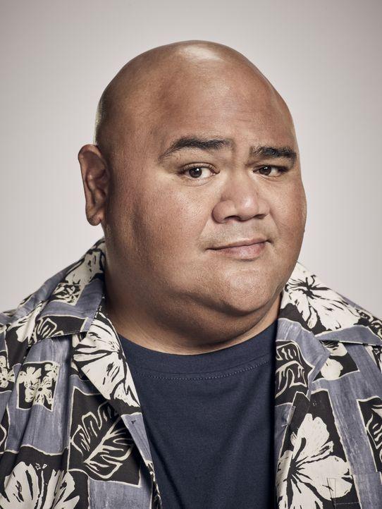 (8. Staffel) - Kamekona Tupuola (Taylor Wily) fungiert als Informant für das Hawaii Five-0-Team und ist außerdem Betreiber des Wailoa Shave Ice, des... - Bildquelle: Justin Stephens 2017 CBS Broadcasting Inc. All Rights Reserved.