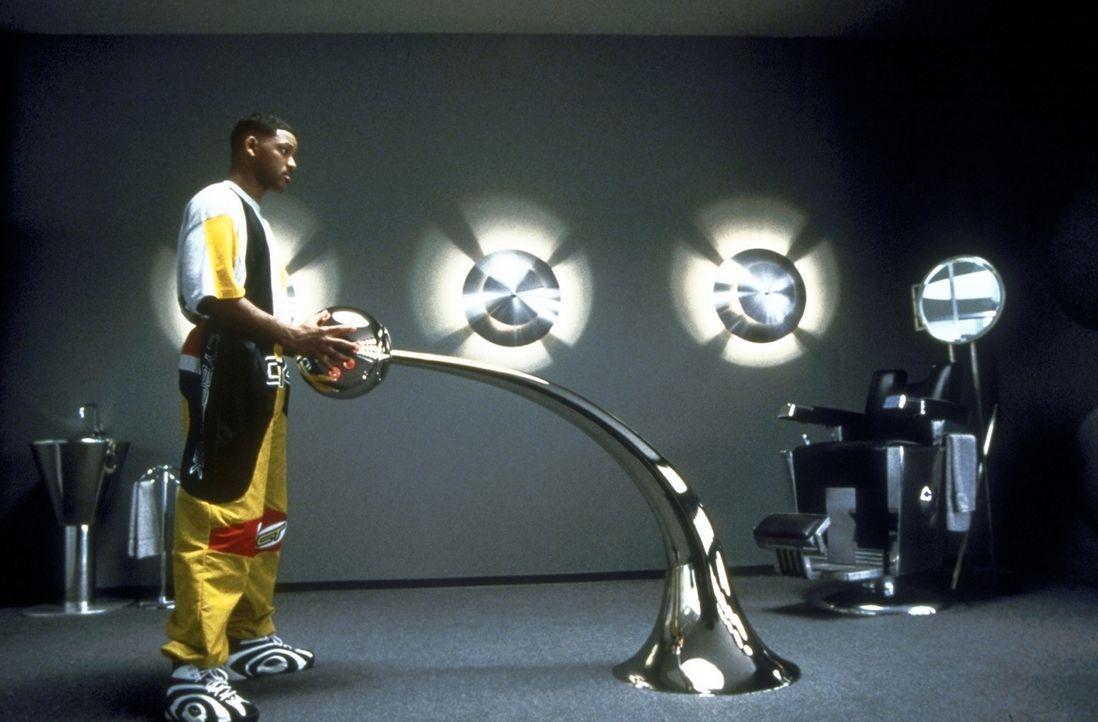 Überaus cool und stets unauffällig nimmt Geheimagent J (Will Smith) die Jagd nach den Aliens auf   ... - Bildquelle: Columbia TriStar