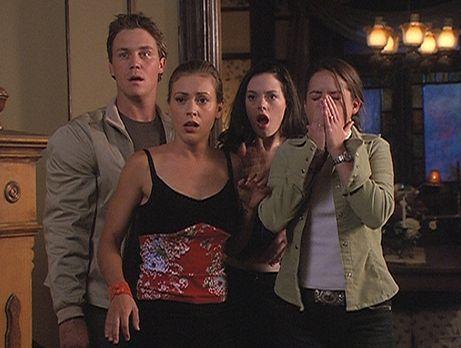 Charmed - Zauberhafte Hexen - Zum ersten Mal stehen Leo (Brian Krause, l.), P...