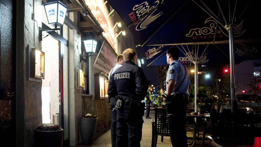 Ex-Freund erschießt Kellnerin in Restaurant  - Bildquelle: dpa