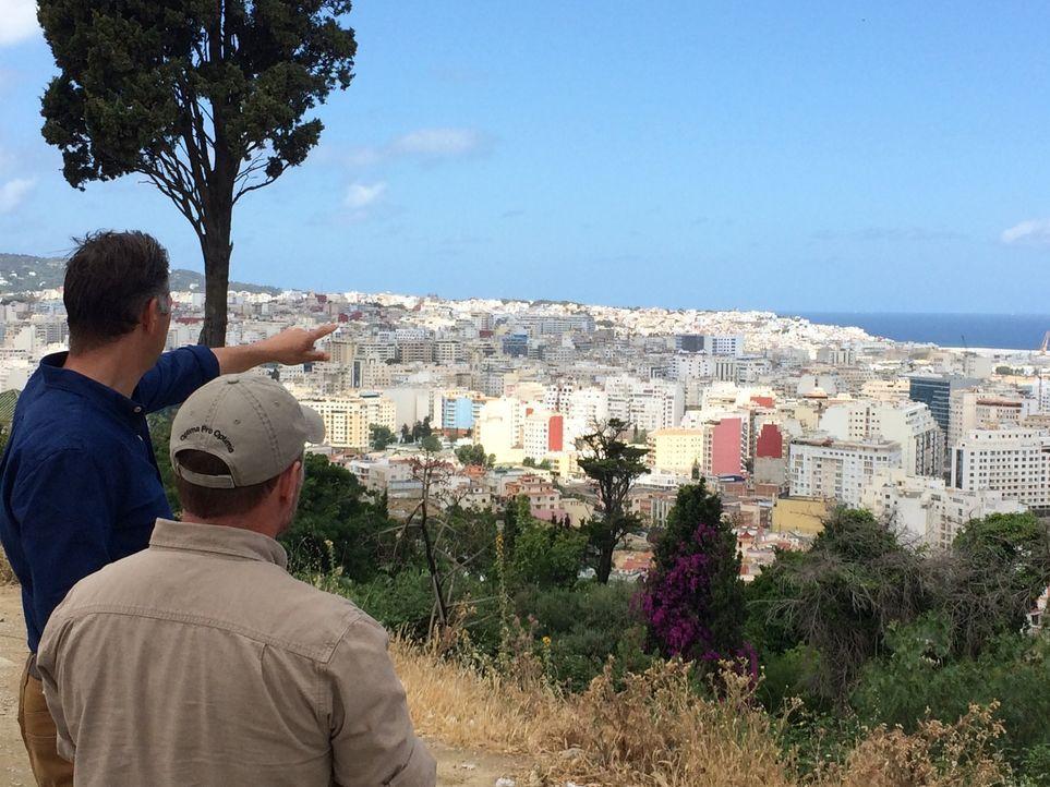 Die Ermittlungen von Bob und John werden in Spanien, Marokko und Argentinien fortgesetzt. Die Teams untersuchen dort die Theorie über einen mögliche... - Bildquelle: 2016 A&E TELEVISION NETWORKS, LLC.