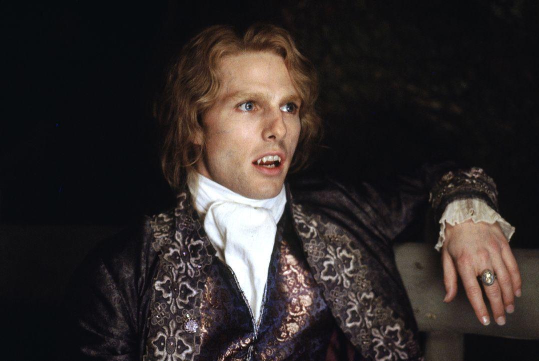Im New Orleans des 18. Jahrhunderts macht er den Plantagenbesitzer Louis de Pointe du Lac zum Untoten: der Vampir Lestat (Tom Cruise) ... - Bildquelle: Warner Bros.
