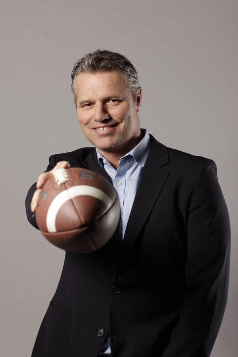 """ran an den Super Bowl XLVII: Das """"ran""""-Moderatoren-Duo Frank Buschmann und Jan Stecker (Bild) kommentieren die drei Spiele der Playoffs. - Bildquelle: Benedikt Müller SAT. 1"""