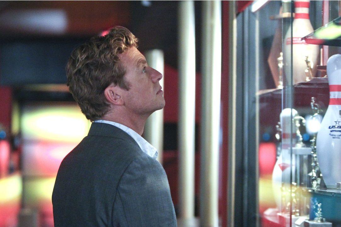 Als der FBI-Undercover-Agent Jeremy Geist bei Ermittlungen erschossen wird, macht sich Jane (Simon Baker) sofort auf die Suche nach dem Täter ... - Bildquelle: Warner Bros. Television