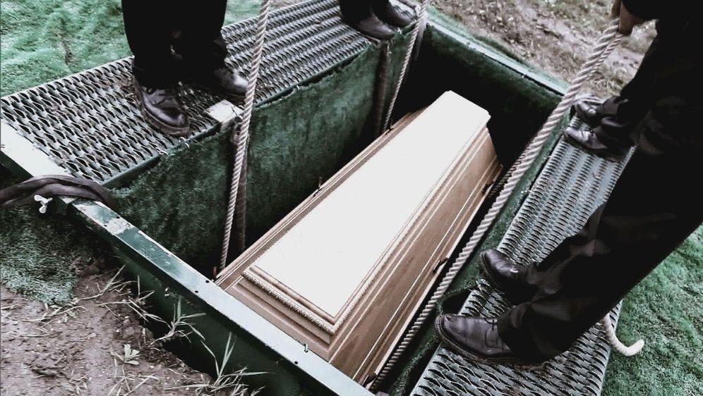 Lebendig für tot erklärt