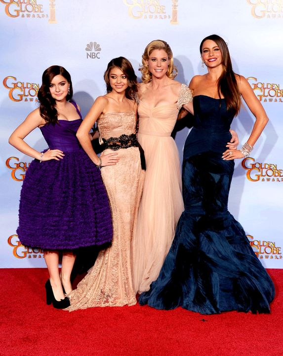 golden-globes-ariel-winter-sarah-hyland-julie-bowen-sofia-vergara-12-01-15-getty-afpjpg 1269 x 1600 - Bildquelle: getty-AFP