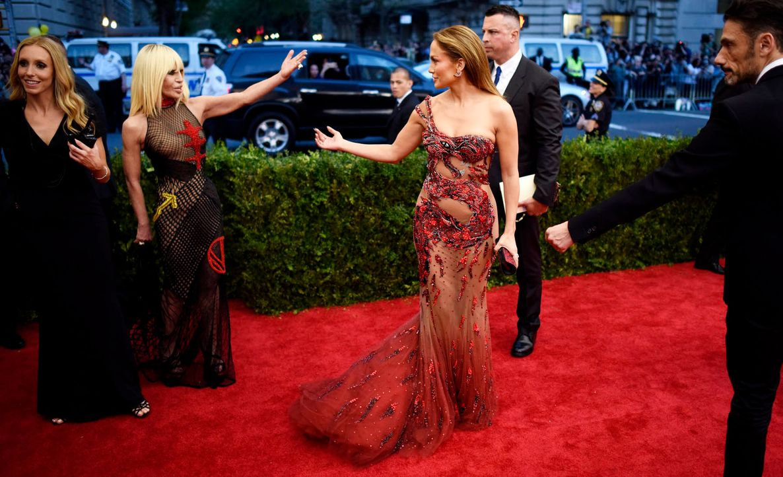 Met-Ball-Jennifer-Lopez-15-05-04-dpa - Bildquelle: dpa