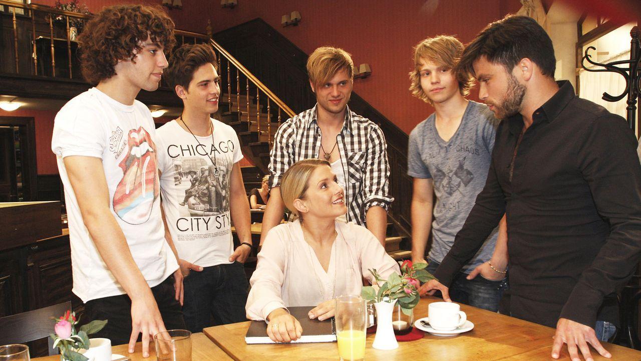 Anna-und-die-Liebe-Folge-760-04-Sat1-Noreen-Flynn - Bildquelle: SAT.1/Noreen Flynn