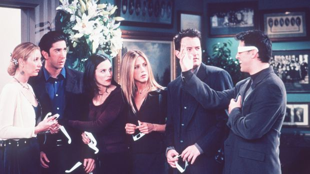 (v.l.n.r.) Phoebe (Lisa Kudrow), Ross (David Schwimmer), Monica (Courteney Co...