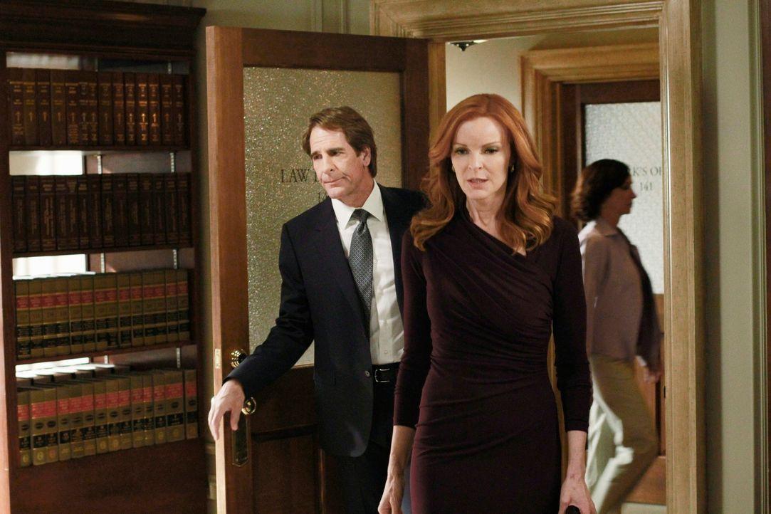 Während die Freundinnen beschließen sich um Karen McCluskey zu kümmern, sodass sie zu Hause bei Roy sterben kann, läuft Brees (Marcia Cross, r.) Pro... - Bildquelle: ABC Studios