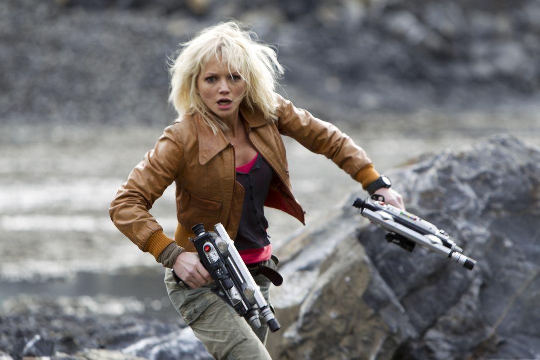 Ein Wettlauf auf Leben und Tod: Abby (Hannah Spearritt) ... - Bildquelle: ITV Plc