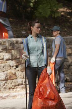 Gilmore Girls - Durch die dumme Aktion mit der gestohlenen Yacht, muss Rory (...