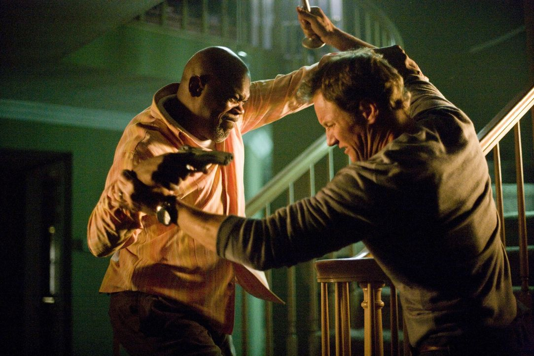 Die Auseinandersetzungen werden immer härter: Polizist Abel (Samuel L. Jackson, l.) und Chris (Patrick Wilson, r.) ... - Bildquelle: 2007 Screen Gems, Inc. All Rights Reserved.