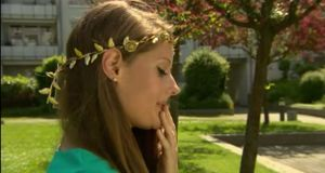 taff Trend 8.6. Haarband gold fern