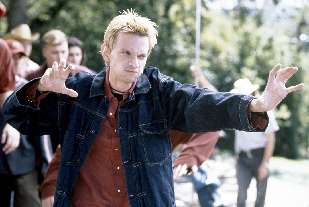 Nach seinem Knastaufenthalt ist Gil (D.J. Qualls) wie verwandelt: cool, obercool ... - Bildquelle: Senator Film