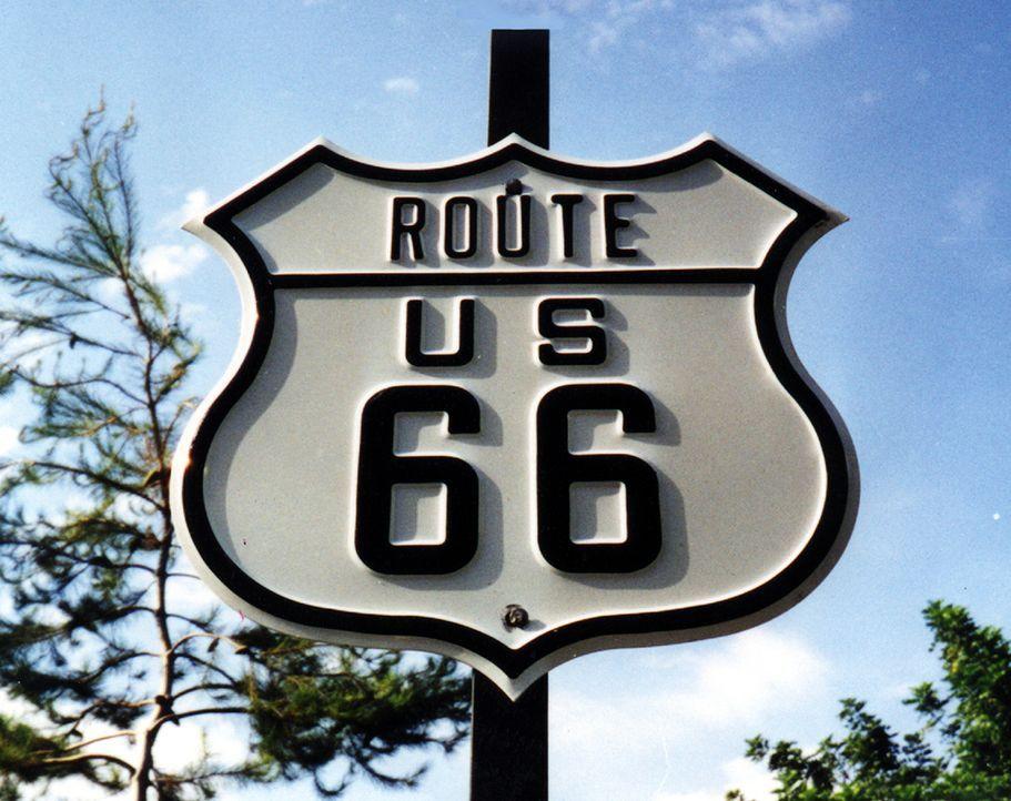 Auf fast 4.000 Kilometern Länge durchquert diese Straße acht US-Bundesstaaten: die legendäre Route 66. Der ursprüngliche Interstate Highway zwischen... - Bildquelle: Nat. Historic Rt. 66 Federation
