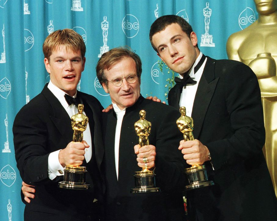 matt-damon-robin-williams-ben-affleck-1998-03-23-AFP - Bildquelle: AFP