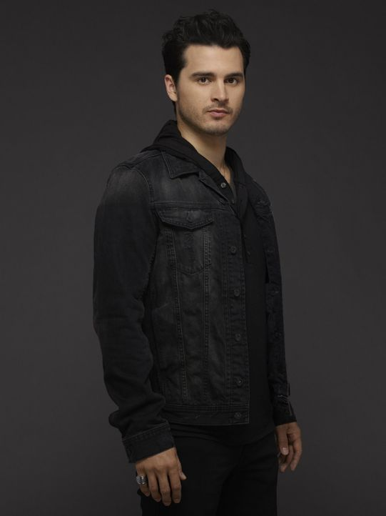 (6. Staffel) - Enzo (Michael Malarkey) findet neue Freunde und unerwartete Feinde ... - Bildquelle: Warner Bros. Entertainment, Inc