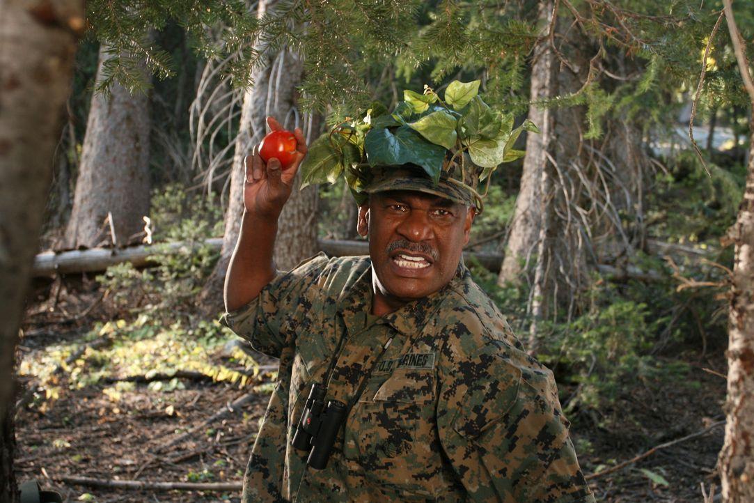 Ein General weiß, was er will: Buck Hinton (Richard Gant) geht bis an seine Grenzen, um die Kinder auf Vordermann zu bringen, damit sie den Wettkamp... - Bildquelle: Sony 2007 CPT Holdings, Inc.  All Rights Reserved.