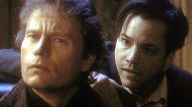 Lucas (John Savage, l.) hält nicht viel von Henrys (Frank Whaley, r.) Gier na...