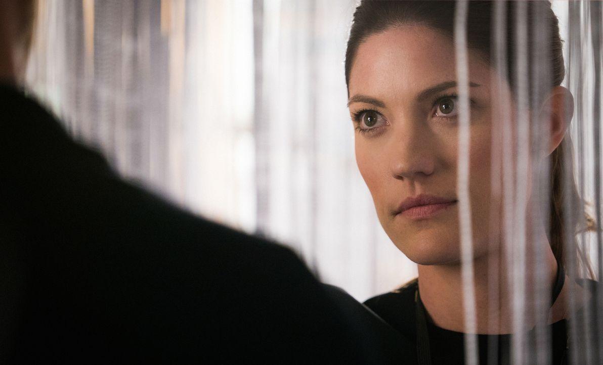 Ist von Brian immer wieder überrascht: Rebecca (Jennifer Carpenter), seine Kollegin vom FBI ... - Bildquelle: 2015 CBS Broadcasting, Inc. All Rights Reserved