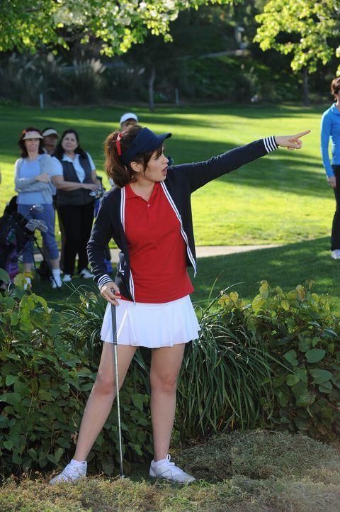 Jess (Zooey Deschanel) ist entsetzt, als ihr bewusst wird, worum es bei dem Golfturnier wirklich geht, nämlich um gute Presse für die Politiker ... - Bildquelle: 2015 Twentieth Century Fox Film Corporation. All rights reserved.