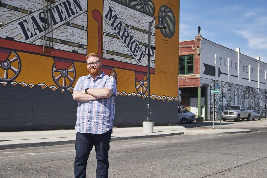 """Dieses Mal ist Josh Denny in der """"Motor-Stadt"""" Detroit unterwegs, wo er Jagd auf gigantische und leckere Gerichten macht ... - Bildquelle: 2017,Television Food Network, G.P. All Rights Reserved."""